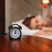 上質な睡眠がもたらす美容効果に注目!快眠アイテムには、ナイトブラがおすすめ。